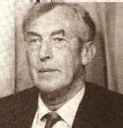 البريطاني هنري  ( هاري ) ساكز